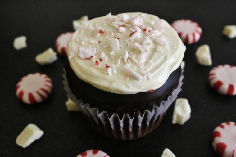 Gluten Free Peppermint Bark Cupcakes