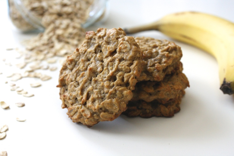 Peanut Butter Banana Oatmeal Cookies | Cakes 'n' Bakes